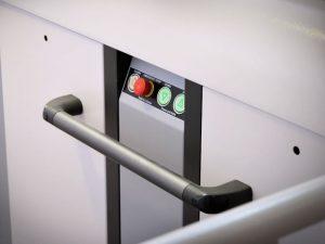 plateaulift-kolomlift-hydraulisch-domilift-h-3000w-bedieningspaneel-800x600