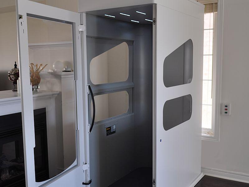 compacte-lift-voor-thuis-800x600-open-liftdeur