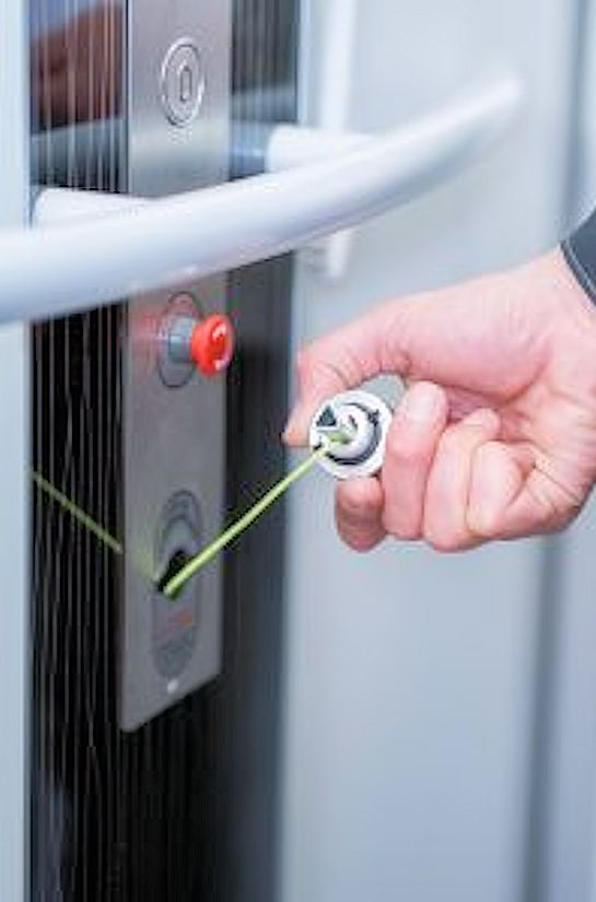 noodvoorziening-huislift-sleutel-550x825